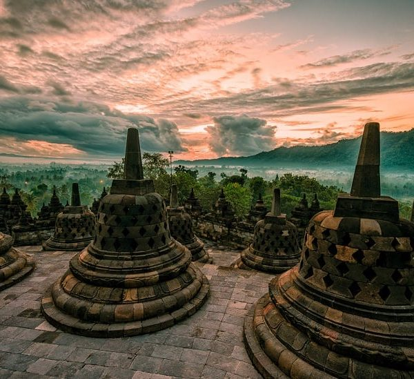 Sunrise Borobudur Tour