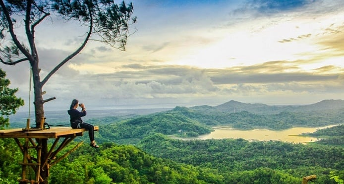 5 Paradise Hidden Tourism in Yogyakarta - Kalibiru National Park