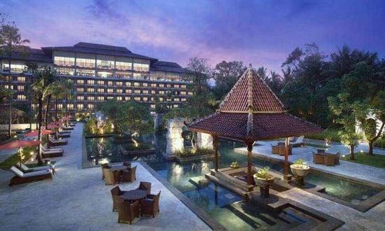 Rental Mobil di Hotel Sheraton Mustika Jogja